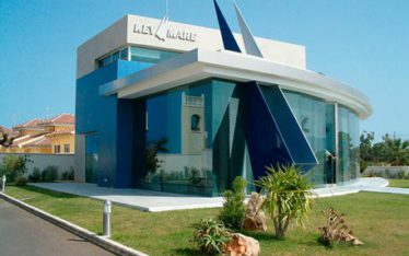 oficina comercial en vera arquitecto salvador griñan montealegre arquitectos en almeria